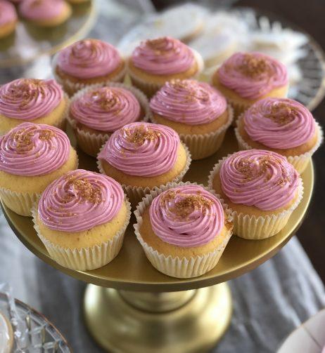 Cake & Dessert Stands